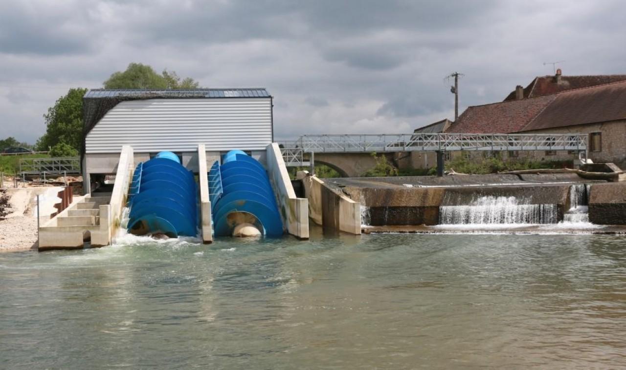 Les sites exploités par des propriétaires privés représentent 25% de l'hydroélectricité produite en Bourgogne-Franche-Comté. En photo, la centrale de Hauterive, sur le site d'une ancienne filature, sur le Serein dans l'Yonne.© B. Hanna Puissance Hydro
