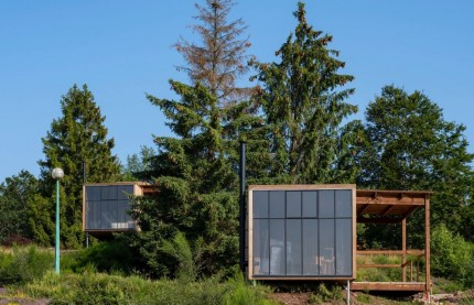 En Alsace, le village Nutchel réinvente la cabane en bois au temps de l'après-Covid