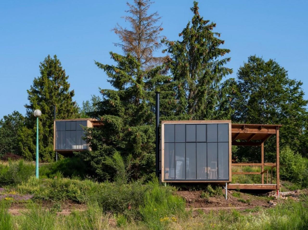 Nutchel ouvre le 22 octobre son premier « village forestier » constitué de 37 huttes en bois, dans le massif des Vosges..