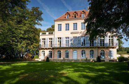 Louis Latour fait du château Corton Grancey la vitrine de son groupe viticole