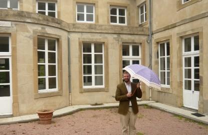 Neyrat relance un atelier de parapluies dans le berceau historique de la marque à Autun