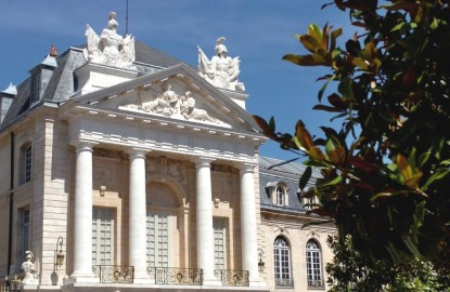 La fusion Bourgogne Franche-Comté, « étape obligée » avant l'élargissement au Grand Est