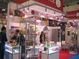 Une partie du collectif Vive la Bourpogne au Foodex de Tokyo l'an dernier.