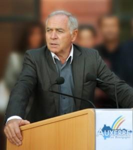 François Patriat, sénateur et président du conseil régional de Bourgogne (crédit photo : conseil régional de Bourgogne - Vincent Arbelet)..