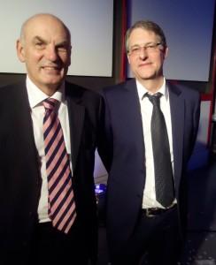A gauche, l'ancien PDG Gilbert Decker, à droite le nouveau Dominique Schilling.