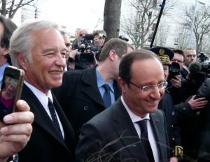 François Hollande en compagnie de François Rebsamen, maire de Dijon.