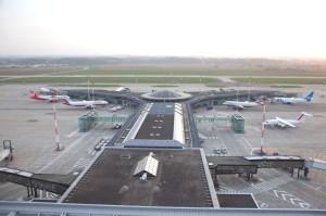 Avec 5,35 millions de passagers en 2012, l'Euroairport Bâle-Mulhouse est le 5ème aéroport de province français.