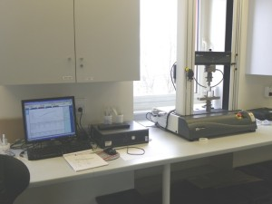 Dans ce laboratoire devraient naître des molécules du futur pour des formulations résines, peintures et composites.