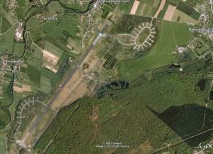 Vue de l'ancien aérodrome de l'Otan avec Google Earth. Crédit : 2013 IGN France.