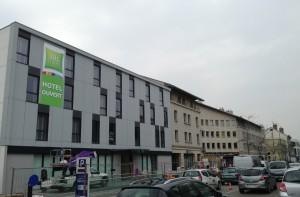 Après l'Ibis Style de 69 chambres à Montbéliard (photo), Cirmad réalisera deux autres Ibis totalisant 144 chambres dans le nouveau quartier d'affaires Gare de Mulhouse.