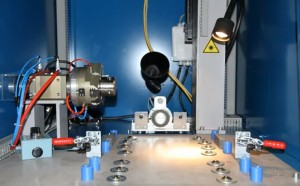 Innovation : le  plateau à galet permet le marquage simultané de plusieurs pièces cylindriques.