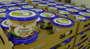 Palette de crème de Bresse, prêt à quitter les entrepôts frigorifiques de la Laiterie de Bresse.