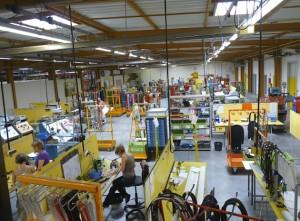 Eurocade, à Dampierre-les-Bois (Doubs), produit tous types de faisceaux et de sous ensembles électriques pour l'industrie automobile.