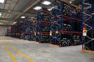 Le nouveau site logistique du groupe Massa s'étend sur 25 500 m2, extensible jusqu'à 34 500 m2.
