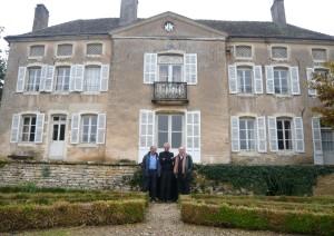 Jean-Louis Hourdin au centre, Jean-Pierre Angibaud à sa droite et Alain Renault.