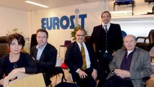 Jean-Pierre Alaux, directeur général d'Eurosit, Didier Arnaud Boréa, directeur général délégué en compagnie de l'explorateur,Jean-Louis Etienne.