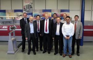 L'équipe de Superba, fabricant de machines textile.