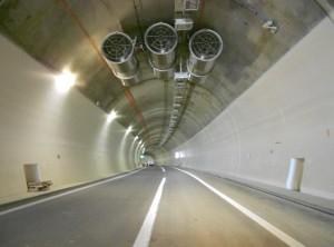 A l'intérieur du tunnel de 600 mètres.