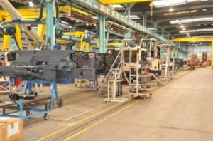 Ligne de production des grues de moins de 100 tonnes à Montceau-les-Mines.