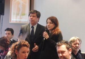 Emilie Castellano dirige l'espace de coworking L'Usine à Belfort. Ici, aux côtés de Daniel Jakubzac, président du club affaires de l'aire urbaine.
