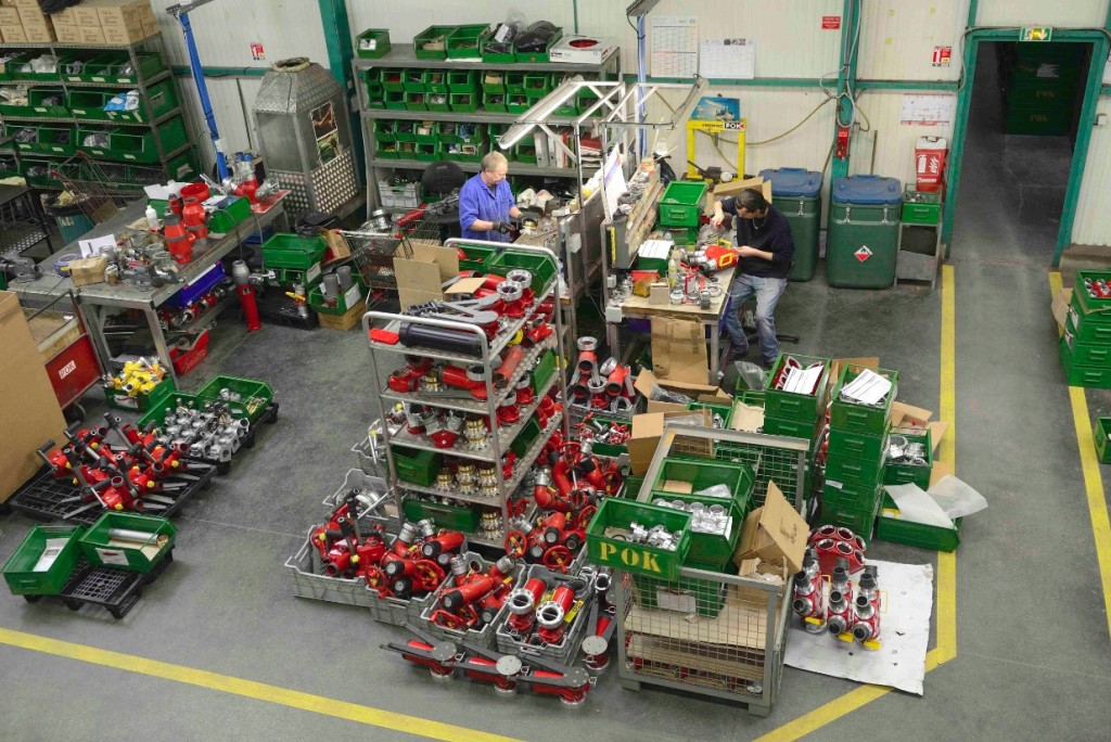 Les ateliers de Pok occupent environ 7 000 m2 de surface à Nogent-sur-Seine.
