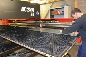 Une nouvelle machine pour travailler la tôle plane : un investissement de 350 000 €.