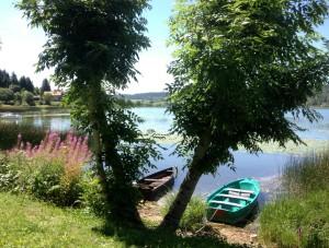Le Doubs, avec le Jura, profitent le plus des retombées économiques du tourisme. Ici, le lac de Saint-Point, dan