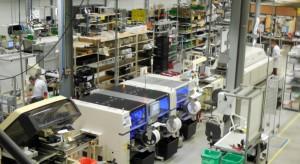 Fabricant électronique à Scherwiller (Bas-Rhin) soutenu par Sodiv, Estelec vient d'investir 700 000 € dans son outil de production et consacre de plus 830 000 € à une innovation dans l'éclairage à distance. La PME de 48 salariés prévoit une dizaine d'embauches cette année.