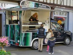 Le SDH a choisi un type de vente qui a le vent en poupe actuellement : le food truck. Photo : Frédéric Marais.