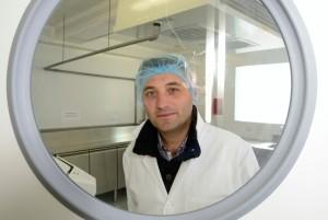 Sylvain Panas, le gérant du Sushi des Halles, est ingénieur de formation. Photo : Frédéric Marais.