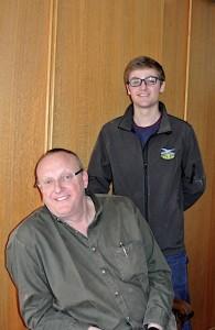 François Guy (assis) et son fils Pierre.