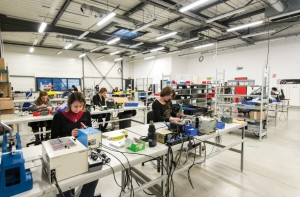La PME d'assemblage de câbles compte 9 femmes parmi les 12 salariés, sans compter la directrice générale.
