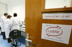 Objet de la visite ministérielle, le laboratoire LipSTIC qui réunit des chercheurs de Bourgogne et Franche-Comté.  © Jean-Christophe Tardivon.