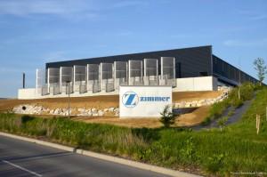 Le nouveau bâtiment de Zimmer sur Technoland. ©Dominique Delfino.