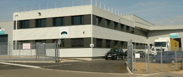 Le nouveau site de production de FCI est implanté à côté Bioparc, programme immobilier dédié aux biotechs dont une 2ème phase est en construction toujours à l'initiative d'Aktya, le bras immobilier d'entreprises du Grand Besançon. ©Traces Ecrites