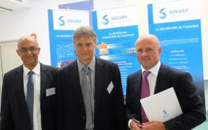 De gauche à droite : Vincent Kamel, président de la division polyamide et intermédiaires, Savino Leone, directeur du site de Chalampé, Pascal Juery, membre du comité exécutif de Solvay.