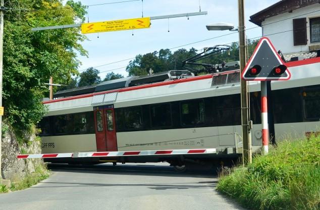 La future ligne Belfort - Delle facilitera l'accès des salariés français vers les emplois en Suisse. Ici, un train suisse du côté de Boncourt. ©Pierre-Yves Ratti.