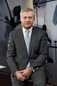 Emmanuel Viellard.